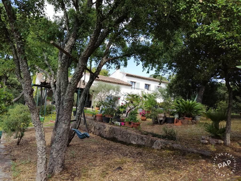 Vente immobilier 840.000€ Saint-Raphaël
