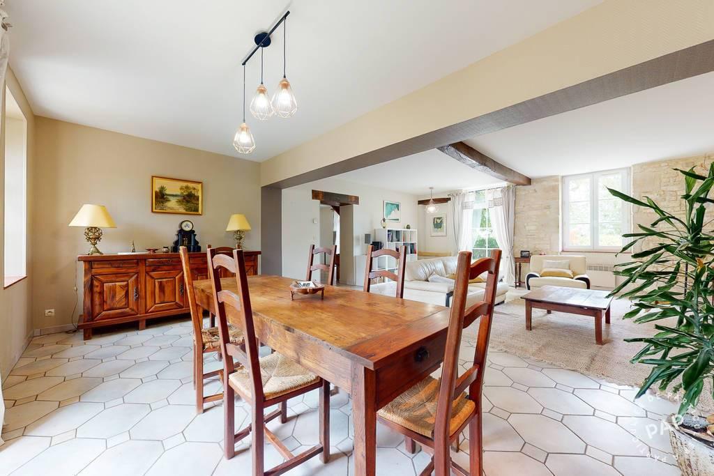 Vente immobilier 393.000€ Levet