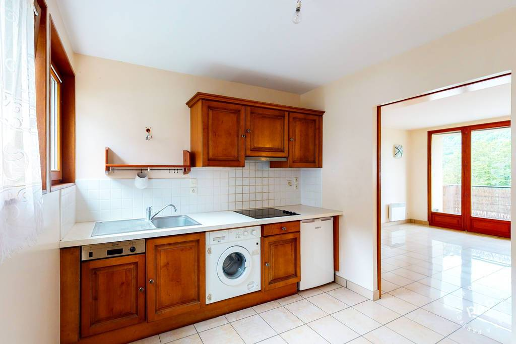 Appartement A 20 Km Station Les Rousses 85.000€