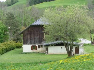 Le Reposoir (74950)