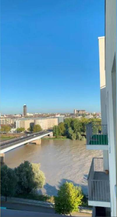 Nantes (44200)