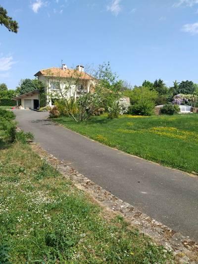 Saint-Cyr-Au-Mont-D'or (69450)