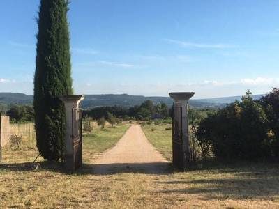 6 Km Apt - Route De Villars