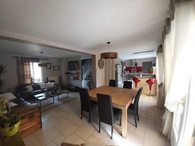 Vaux-Le-Pénil (77000)