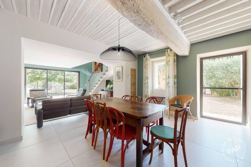Maison 6 Km Apt - Route De Villars 820.000€