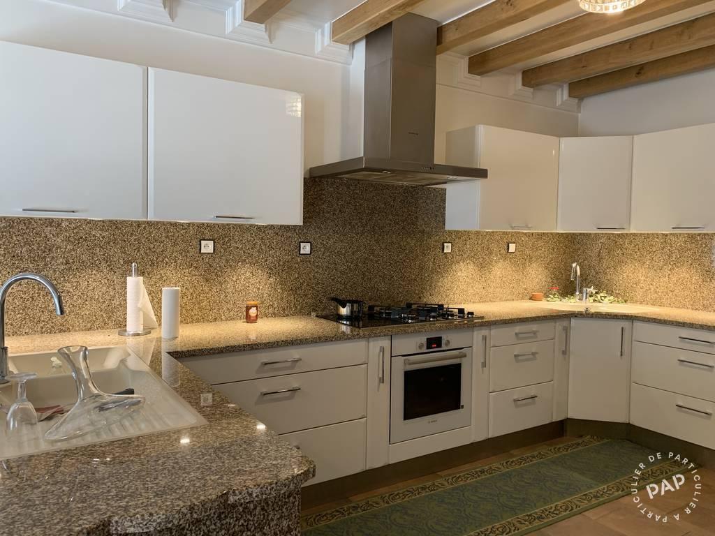 Local d'activité 4.500€ 390m² Brie-Comte-Robert (77170)