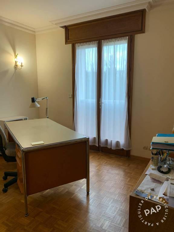 Immobilier Brie-Comte-Robert (77170) 4.500€ 390m²