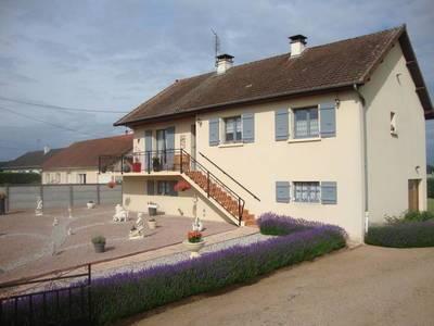Pierrefitte-Sur-Loire (03470)