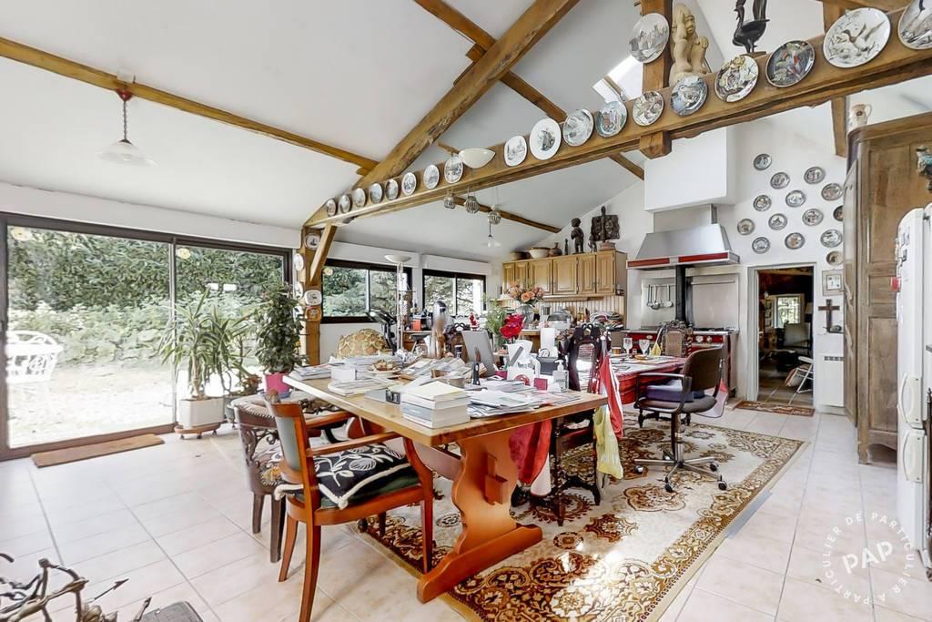 Maison Verdelot 399.000€