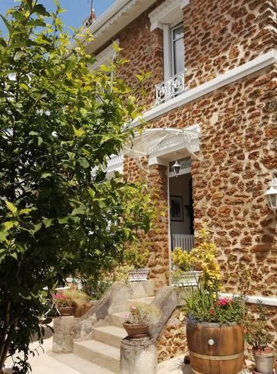Meulière De Charme À Saint-Maur-Des-Fossés