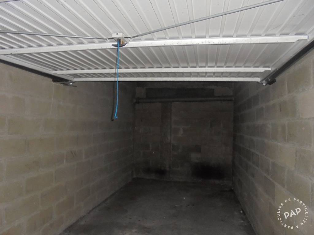 Location Garage, parking Les Lilas (93260)  110 €