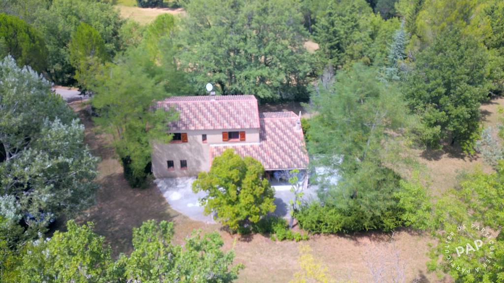 Maison Montmeyan (83670) 260.000€
