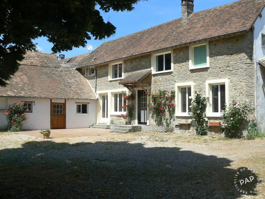 Location Maison Pacy-Sur-Eure 166m² 1.330€