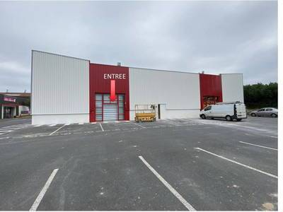 Local commercial Cholet (49300) - 328 m² - 3.750 €