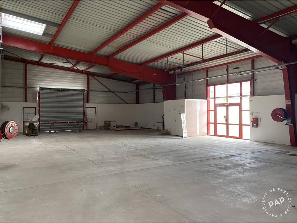 Local commercial 3.750€ 328m² Cholet (49300)