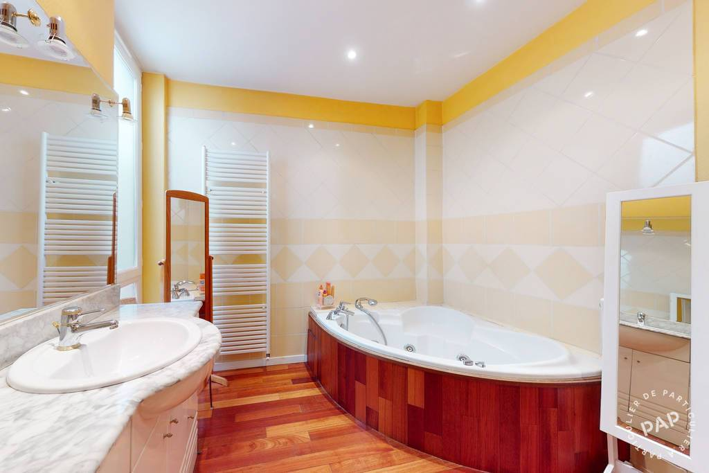Vente Appartement Nîmes (30000) 190m² 490.000€