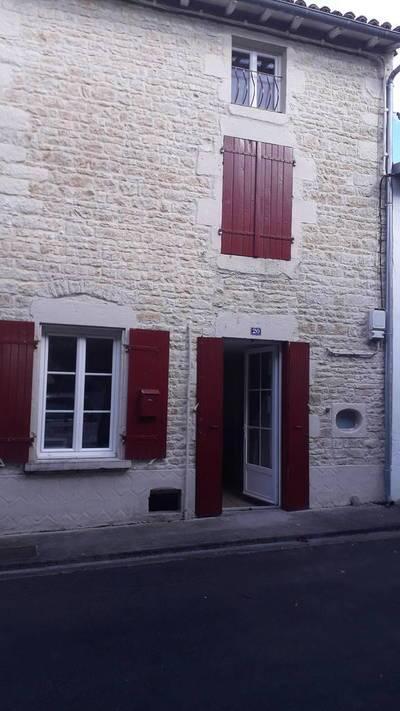Chef-Boutonne (79110)