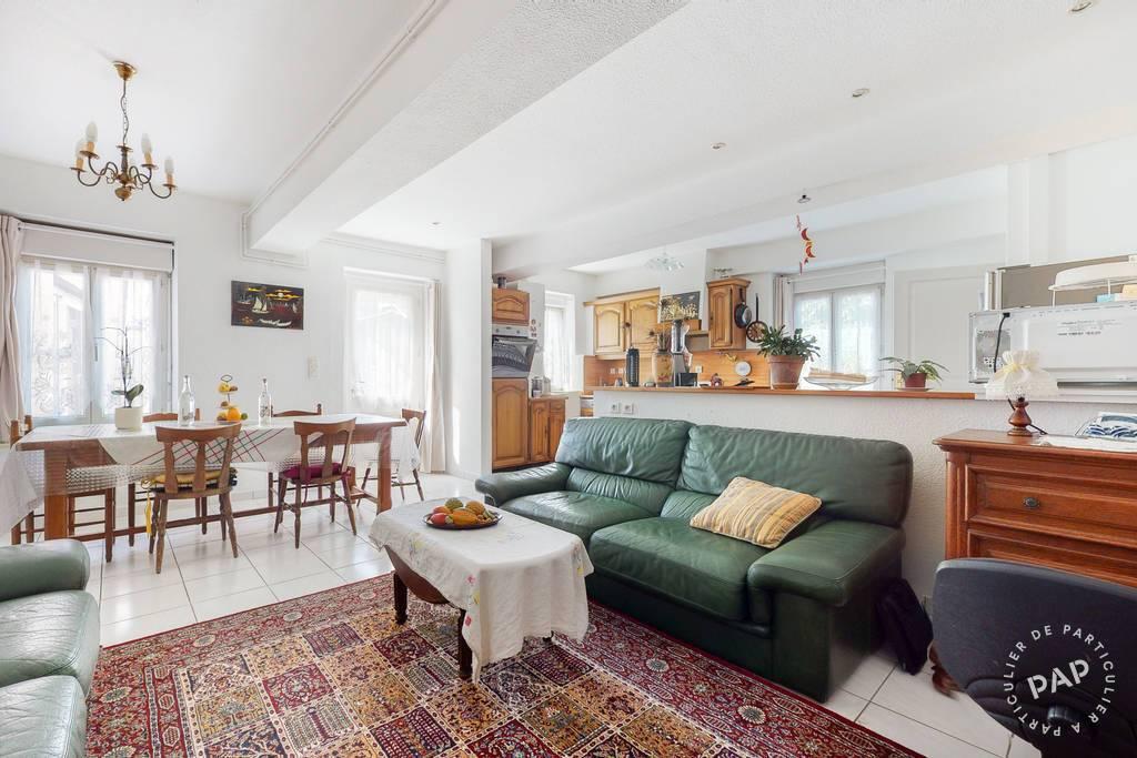 Maison 8 Km De Lyon À Saint Priest Village 425.000€