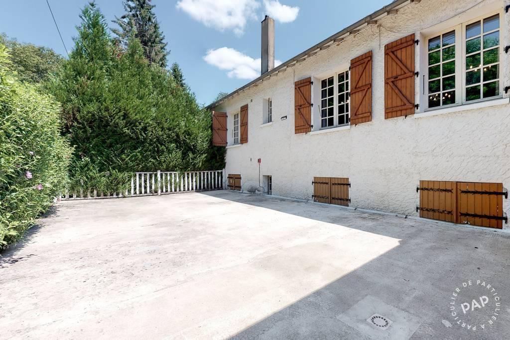 Vente et location Local commercial Très Belle Proprièté - Saint-Paul-La-Roche