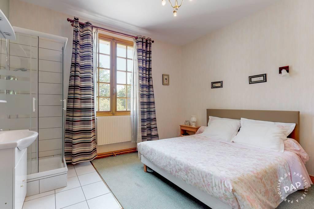 Immobilier Très Belle Proprièté - Saint-Paul-La-Roche 250.000€ 350m²