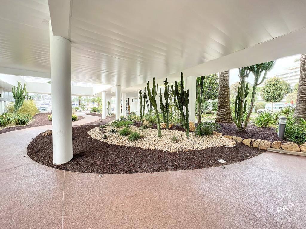 Appartement 1.500€ 50m² Villeneuve-Loubet (06270)