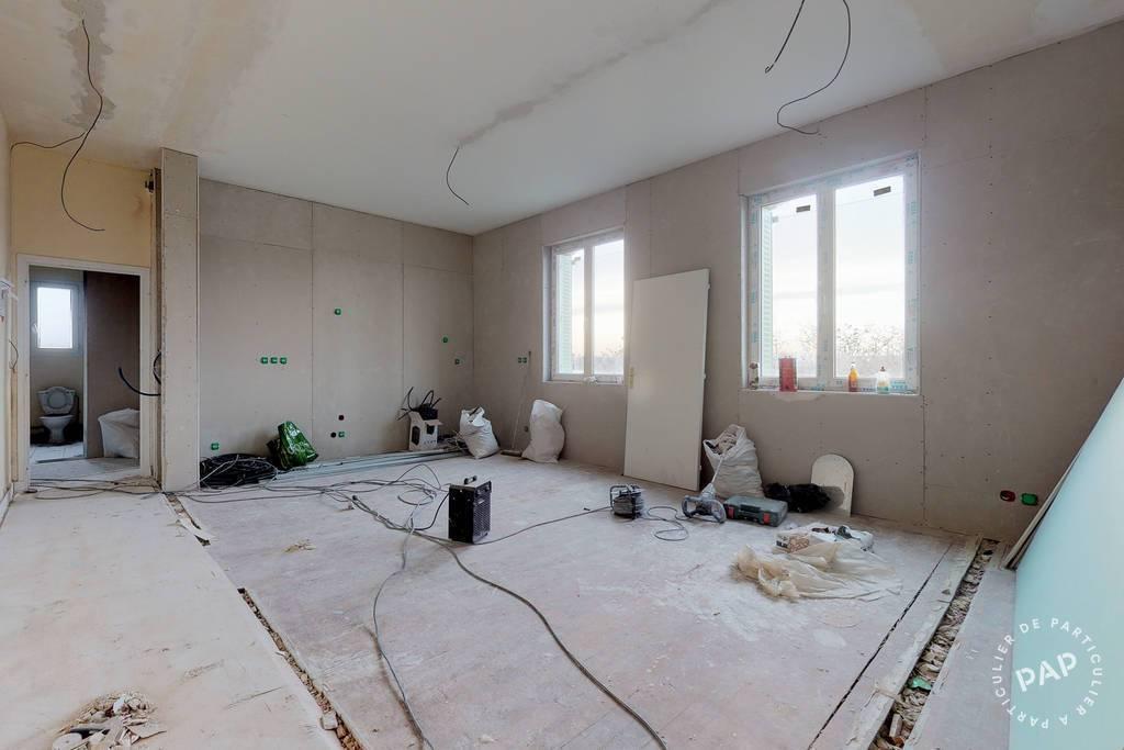 Bureaux et locaux professionnels 2.500€ 660m² Neuilly-Sur-Marne