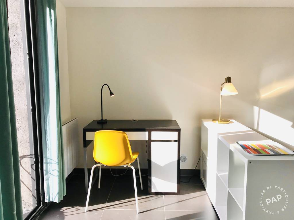 Appartement 800€ 23m² Viroflay (78220)
