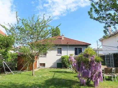 Vente maison 65m² Le Mesnil-Le-Roi (78600) - 620.000€