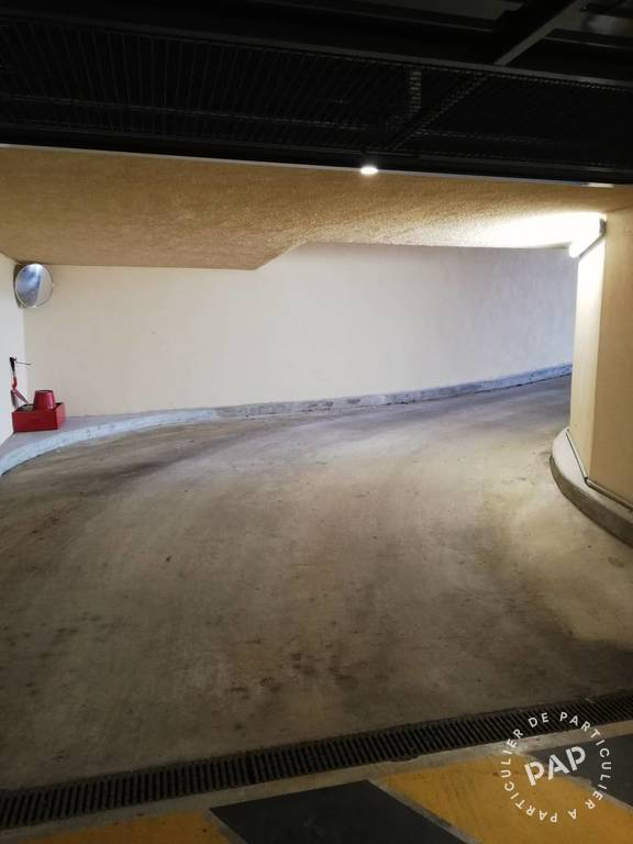 Location Garage, parking Lieusaint (77127)  50 €