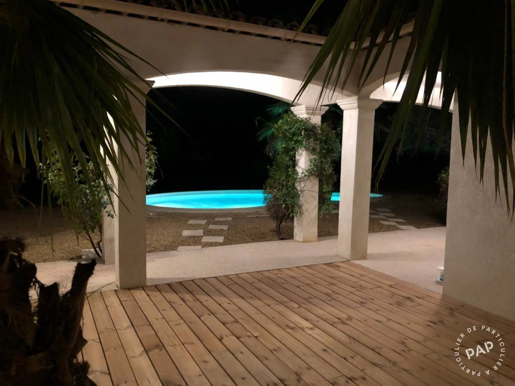Vente immobilier 500.000€ Saint-Paul-En-Forêt (83440)