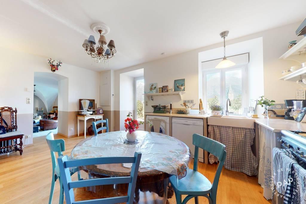 Maison Poligny, Quartier Le Château 275.000€