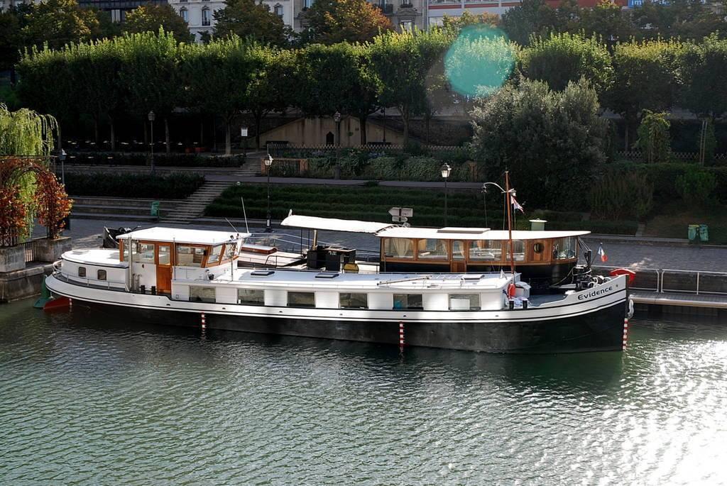 Vente Péniche Paris 4E (75004)  485.000€