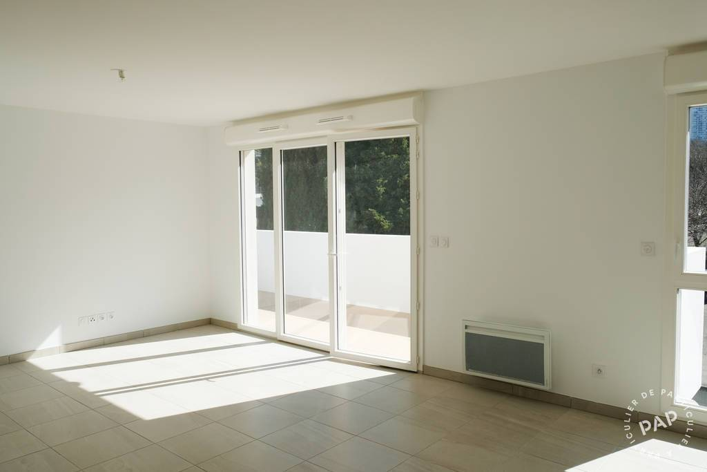 Location immobilier 1.075 € Marseille 9E (13009)
