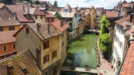 Annecy (74000)