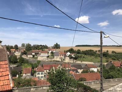 Cruzy-Le-Châtel (89740)