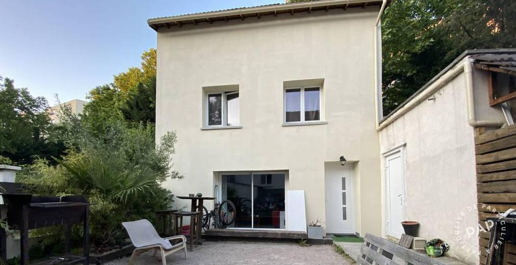 Location Maison Saint-Denis (93200) 12m² 650€