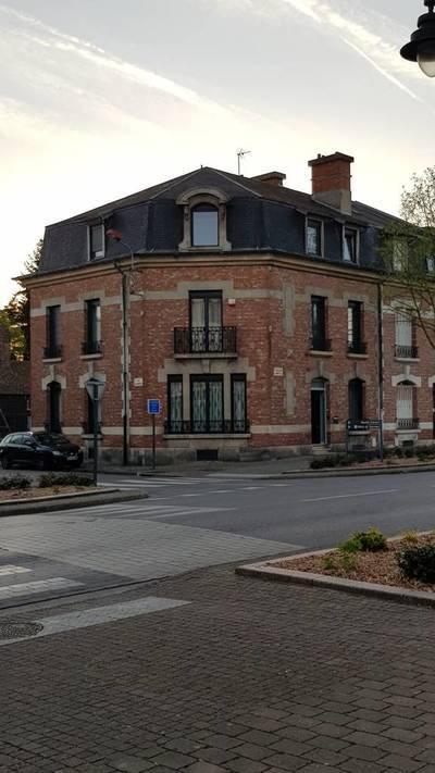 Chauny (02300)