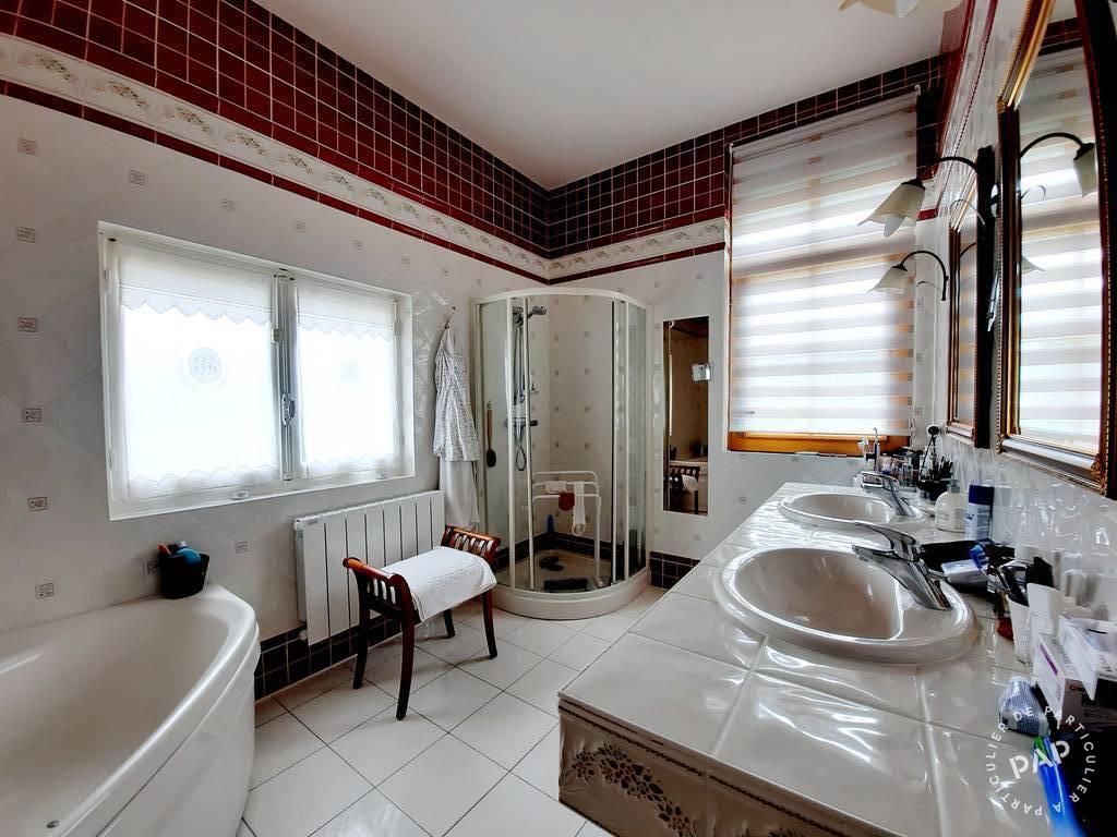 Maison 299.000€ 180m² Saint-Clément-Des-Levées
