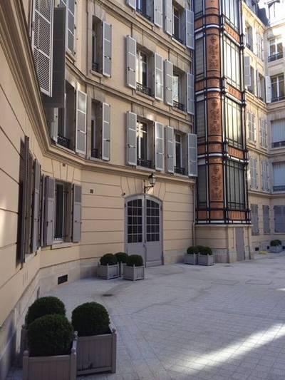 Paris 16E (Avenue Foch)