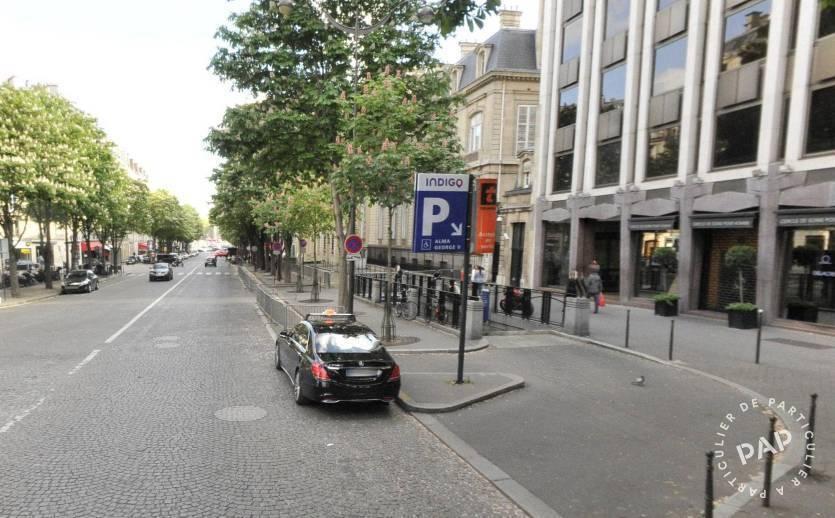 Location Garage, parking Paris 8E  200€