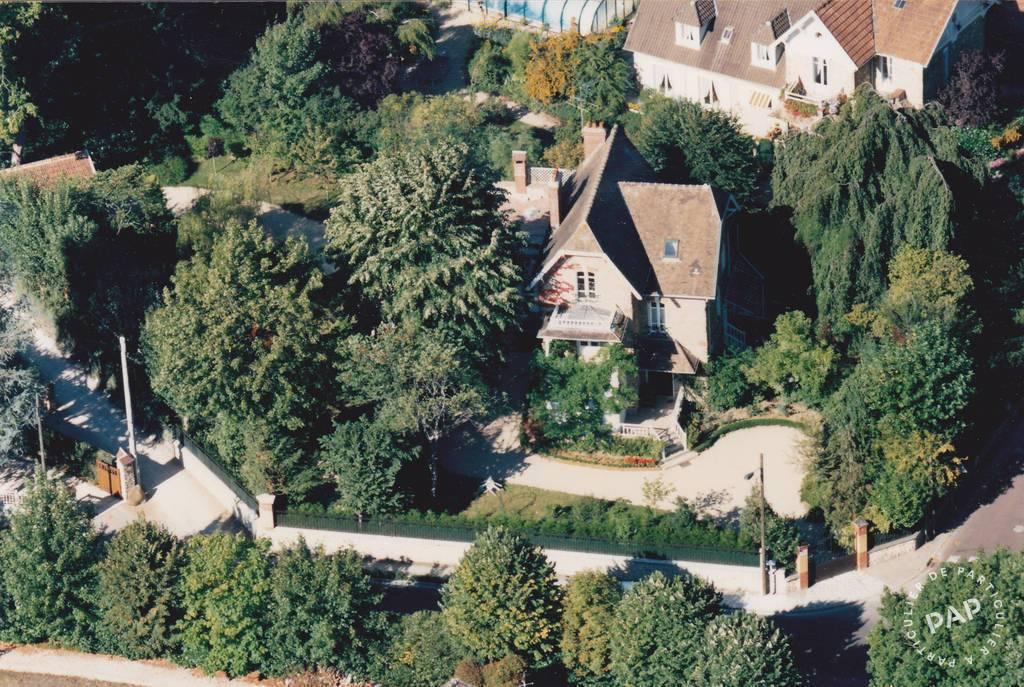 Vente maison 8 pièces Bois-le-Roi (77590)