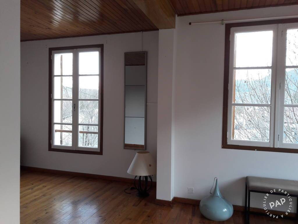 Location appartement 3 pièces Saint-André-les-Alpes (04170)