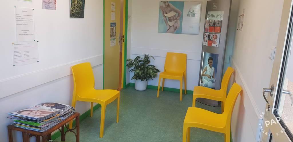 Bureaux et locaux professionnels Rochefort-Du-Gard (30650) 400€