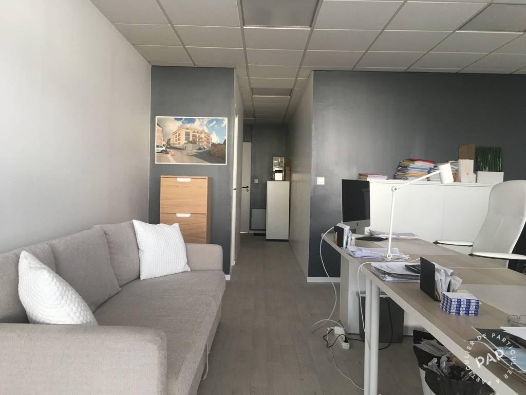 Vente Bureaux et locaux professionnels Saint-Mard (77230)