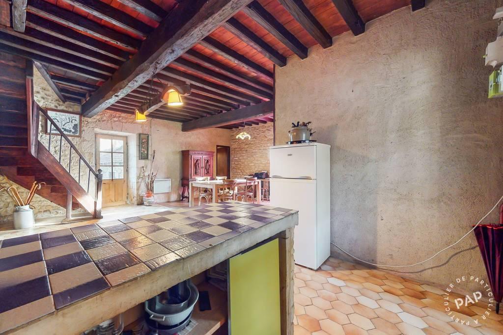 Vente immobilier 130.000€ Saint-Laurent-Des-Bâtons-Sainte Alvere