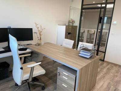 Bureaux, local professionnel Grigny (91350) - 16m² - 696€