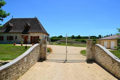 Beaumont-Du-Périgord (24440)
