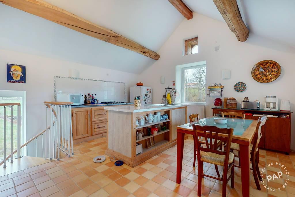 Maison 300.000€ 236m² La Clayette