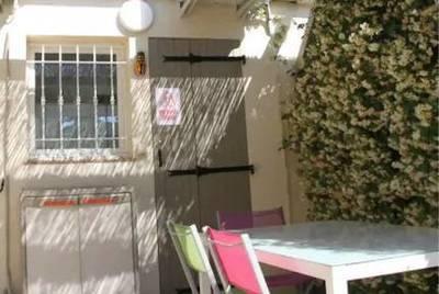 + Terrasse 12M² Au Soleil En Courte Ou Moyenne Durée - Marseille 10E