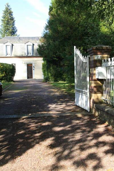 Avec Dépendance - Manneville-Sur-Risle (27500)